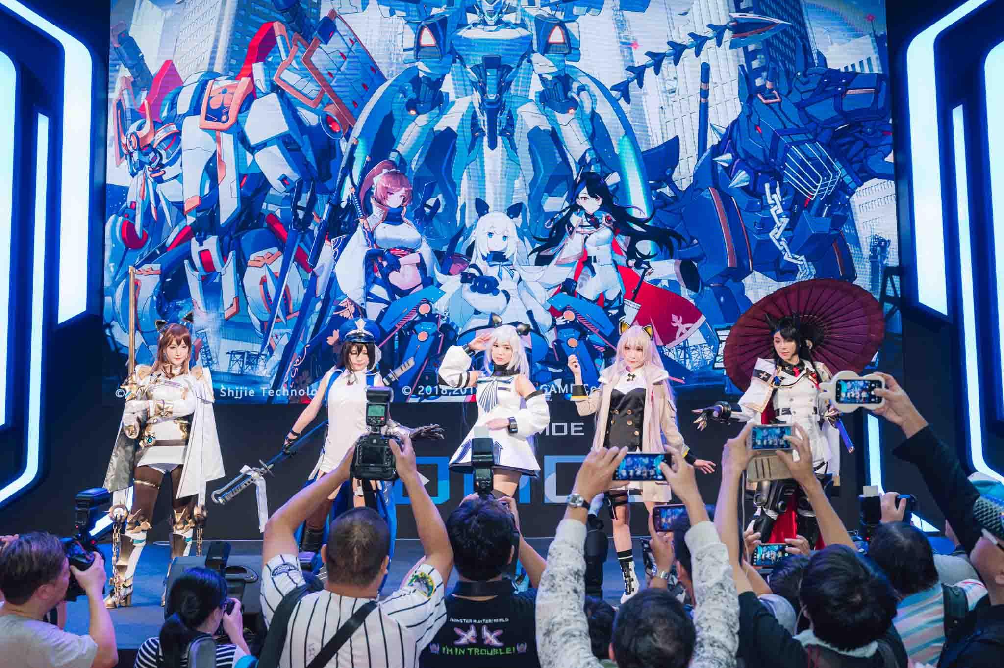 《重裝戰姬》繁中版首次出展 HIGH翻「2019漫畫博覽會」! 精彩活動、精美贈品完整公開!